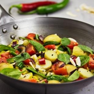 Sartén con sofrito de verduras