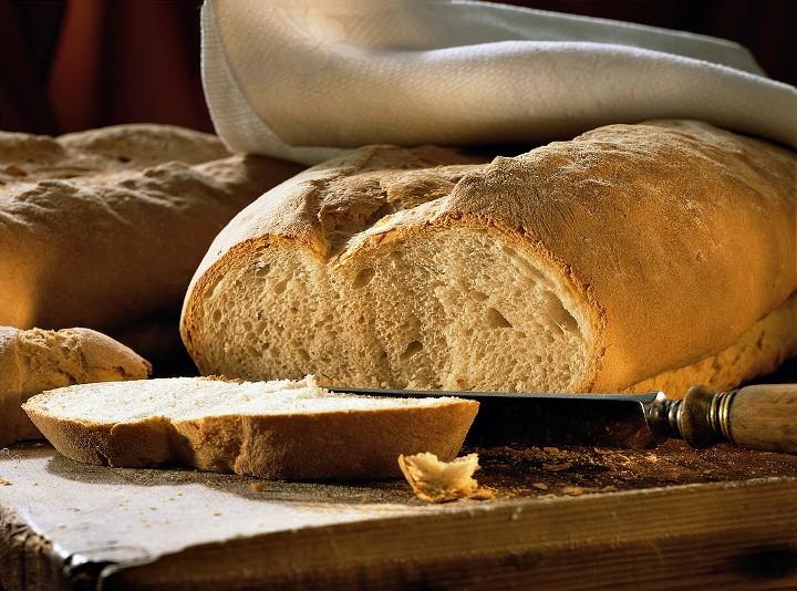 Tabla de madera para cortar pan, vegetales, carnes o pescados