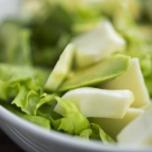 Ensalada verde con aguacate, dúo adelgazante