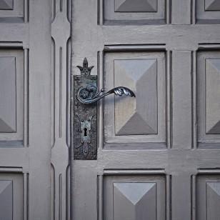 Puerta de hotel