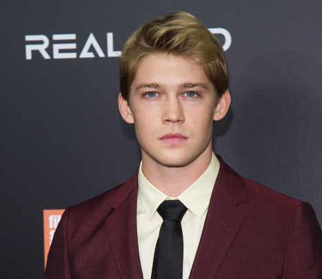 "Actor Joe Alwyn attends the world premiere of ""Billy Lynn's Long Halftime Walk"", during the 54th New York Film Festival on Friday, Oct. 14, 2016, in New York."