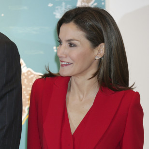 El look 'total red' de Letizia en Valladolid