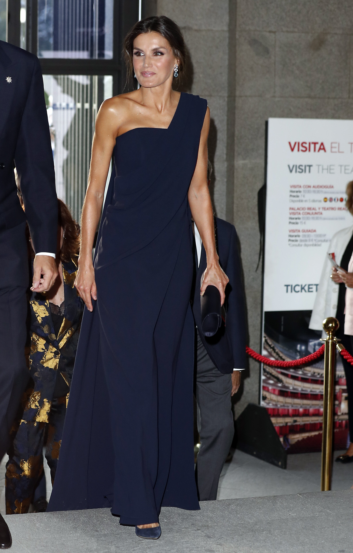 Spanish Quenn Letizia attending the opening of the season of the Royal Theatre 2018 / 2019 in Madrid on Wednesday , 19 September 2018 en la foto : vestida por la firma