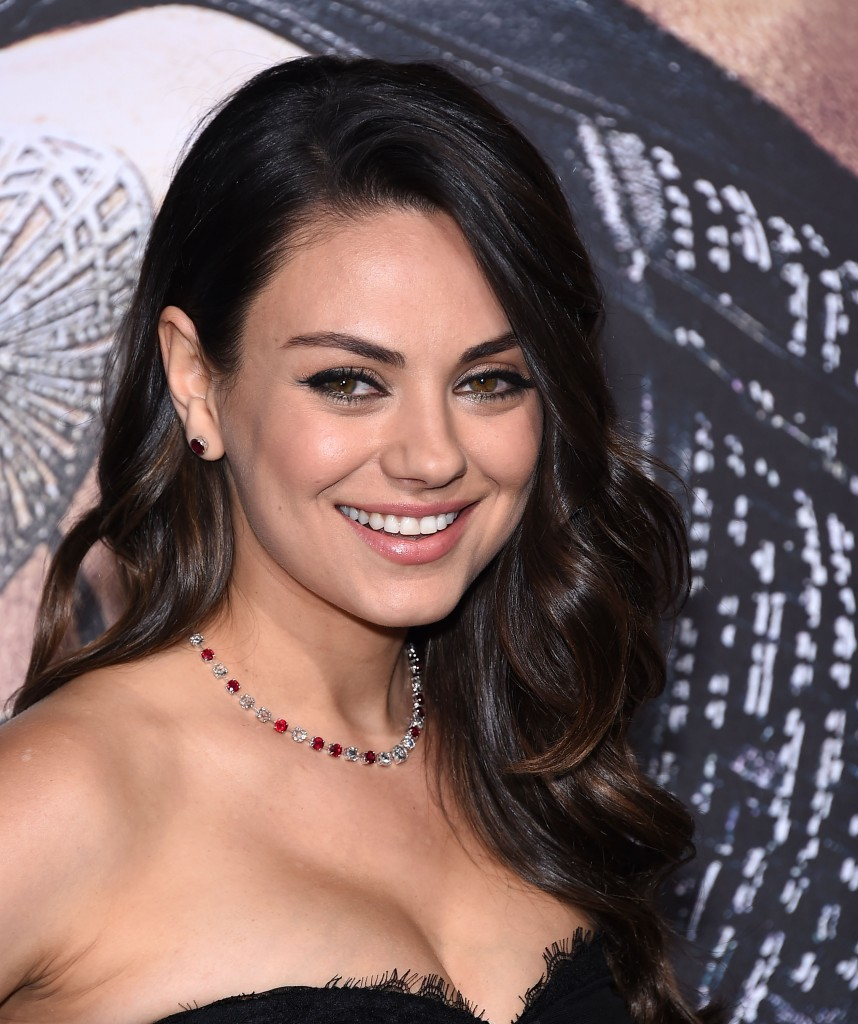 actress mila kunis at the premiere of warner bros picturesu ujupiter ascendingu