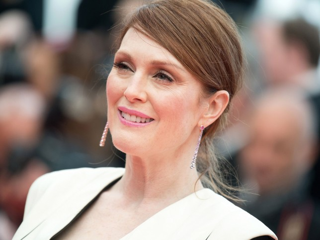 Julianne Moore attends the 'Money Monster' premiere during the 69th annual Cannes Film Festival at the Palais des Festivals on May 12, 2016 in Cannes, France.//NIVIERE_2158122/Credit:NIVIERE/VILLARD/SIPA/1605122238 *** Local Caption *** 00755483