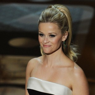 HOLLYWOOD, CA - FEBRUARY 27:  Presenter Reese Witherspoon speaks onstage during the 83rd Annual Academy Awards held at the Kodak Theatre on February 27, 2011 in Hollywood, California.  (Photo by Kevin Winter/Getty Images)