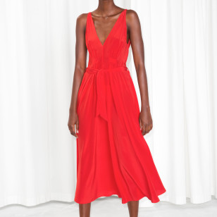 Vestido rojo de seda de & Other Stories  €125
