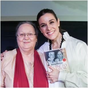 Raquel Sánchez Silva, con Anna Ferrer en el aniversario de la Fundación Vicente Ferrer