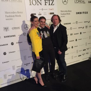 Raquel Sánchez Silva, con Ion FIz en su aniversario, durante la MBFWM